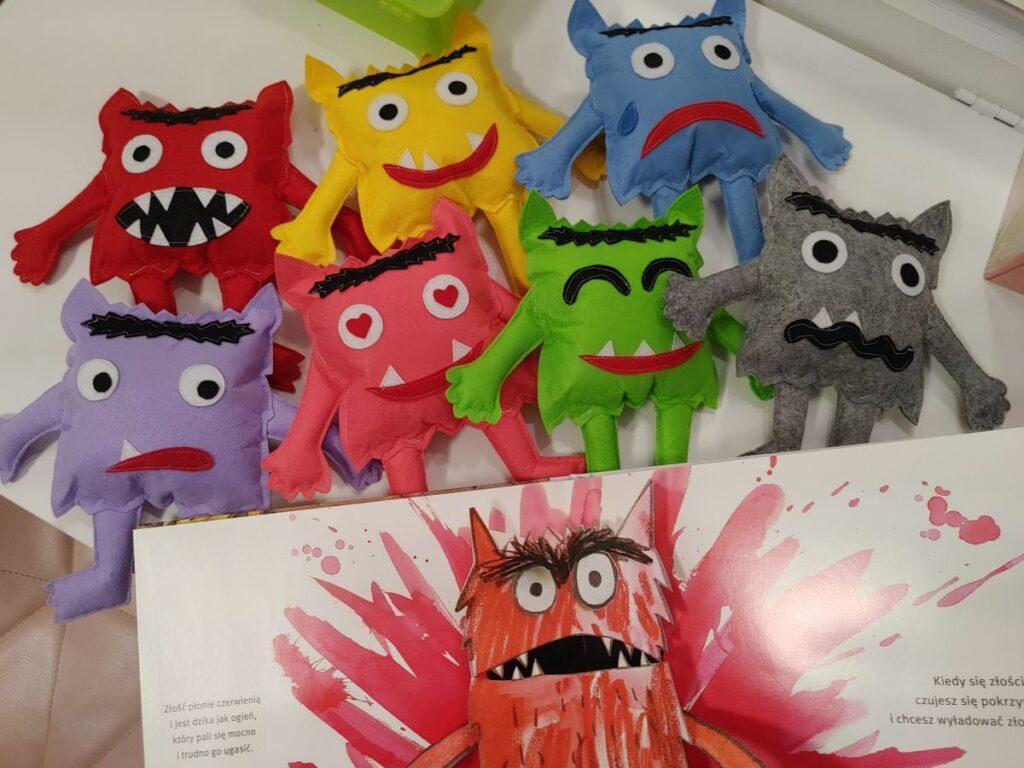 Zajęcia z kolorowym potworem